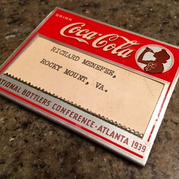 1939 Coca Cola Convention Badge - Coca-Cola