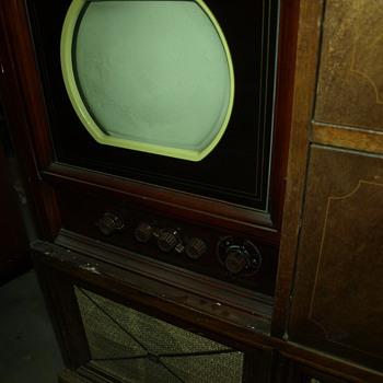 Philco 49-1175  - Radios