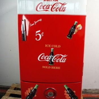 Frigidaire Vintage Coca Cola Company fridge, whats its worth!? 