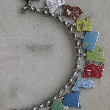 Only 11 to go! 1960's-70's enamel state charm bracelets - Costume Jewelry