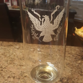 Eagle candle holder