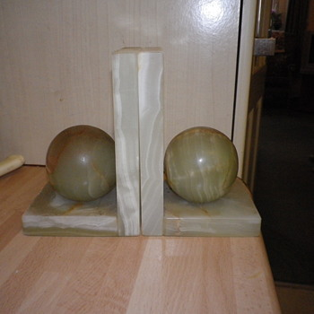 Pakistan Onyx Bookends solid construction well made and made in Italy.