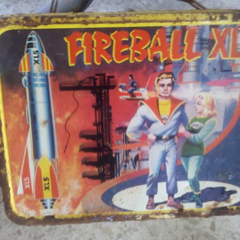 Fireball XL 5 Metal Lunch Box - Kitchen