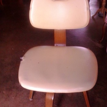 Herman Miller Styled Swivel Desk Chair?