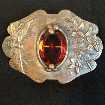 Art Nouveau Bee & Flower C-clasp Brooch