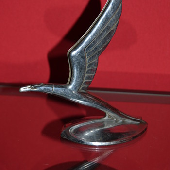 hood ornament chevy 1933