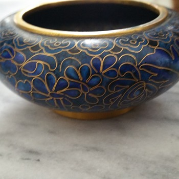 Brass and porcelain small bowl
