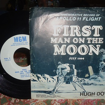 45 RPM 1969 record  ALIENS! Do not believe this!! It is false!  NOT TRUE!!!