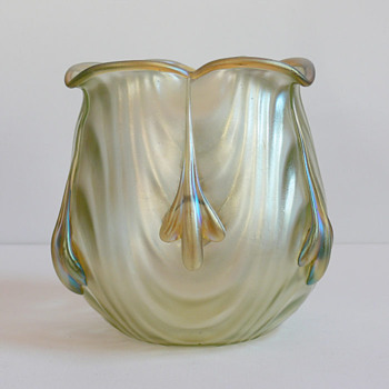 Lötz Coppelia with silbeiriris applications, 1904 - Art Glass
