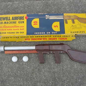 1950's Newell Airfire toy sub-machine gun model No. 1008 ping-pong ball shooter
