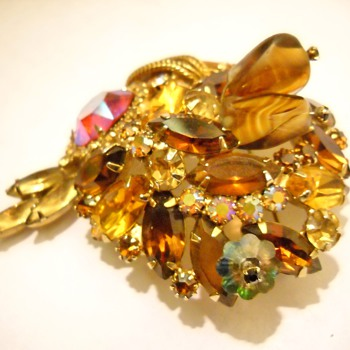 Faux Topaz Juliana Vintage Brooch