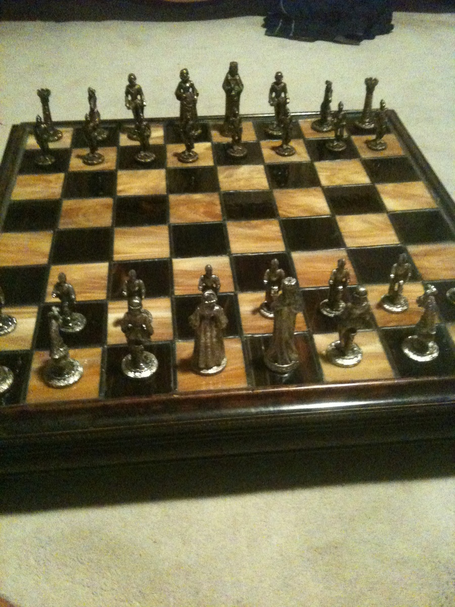 Antique chess set collectors weekly - Collectible chess sets ...