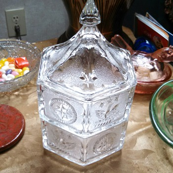 "Crystal Hex ""stackable"" lidded paneled Box - Glassware"