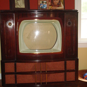 Crosley Antique TV Cabinet (Without TV), Unique Display Piece - Furniture