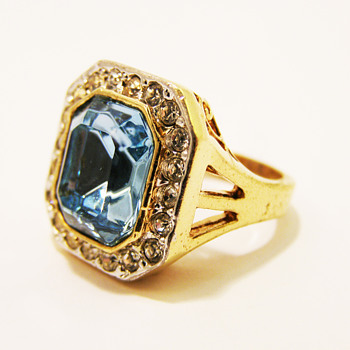 Vintage Roman Art Deco Aquamarine Ring