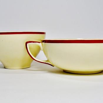 SUSIE COOPER-ENGLAND /1930'S - Art Pottery