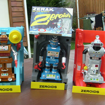 ZEROID ROBOTS - Toys