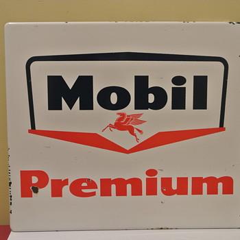 Porcelain Mobil Gas Pump Plate w/Pegasus