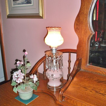 Beautiful pink frosted glass boudoir lamps with crystals......1940's