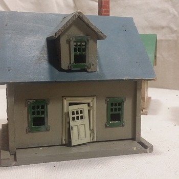 "Vintage ""Standard Scale"" Model Railroad homes???"