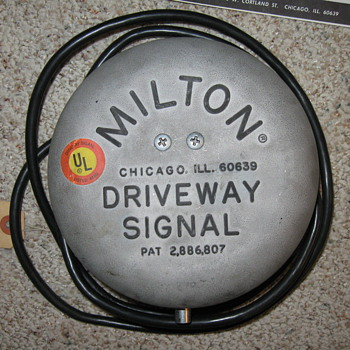 1959 MILTON Driveway Signal Bell  - Advertising