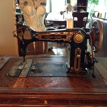 Greist treadle sewing machine recent Yard sale find! - Sewing