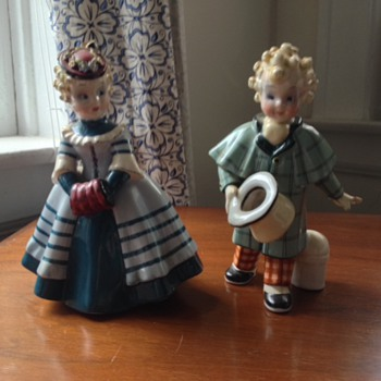 Italian figures, unknown brand - Figurines