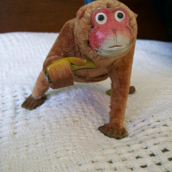 Vintage Wind Up Toy Monkey made in Japan marked  - Toys