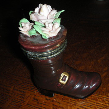 Riding Boot hinged trinket box with pink roses - Art Pottery