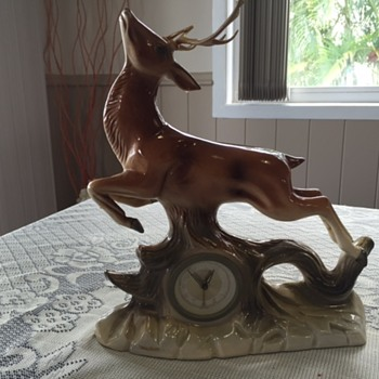 Jema Holland Small Deer (Left Profile) Mantle Clock numbered (426) - Clocks