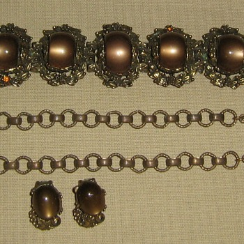 1950's brown moonglow jewelry - Costume Jewelry