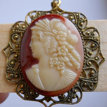 Vintage Cameo Pendant, Circa 20 Century