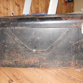 old antique car trunk maybe 1920's - Furniture