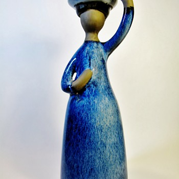 ELSI BOURELIUS  - Art Pottery