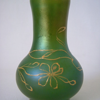 Small Loetz Vase  DEK I/107 - Art Glass