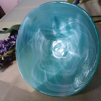 Art Glass Bowl Possibly Kosta Boda - Art Glass