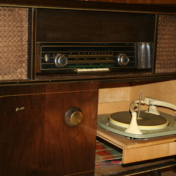 KUBA Tarantella 58 - Radios
