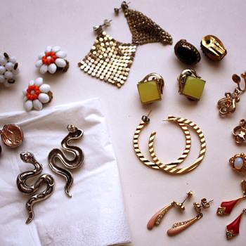 Earrings lot - Costume Jewelry