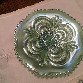 Emerald green circles