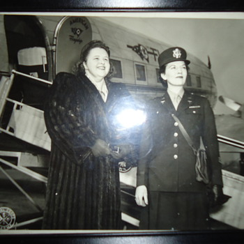 World War Two  My mother RN  with Kate Smith selling war bonds 2nd post  (see 1st post also) - Military and Wartime