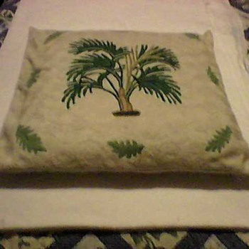A SWEET PILLOW COVER