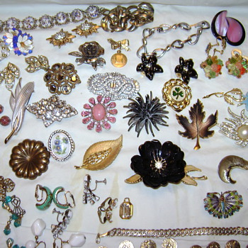 Some Pins in an Estate Sale Box.. - Costume Jewelry