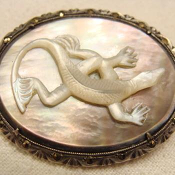 Vintage Carved Lizard Brooch  - Fine Jewelry