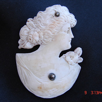 Beautiful Cameo Carved From Shell. Is It OOAK? RARE? - Fine Jewelry