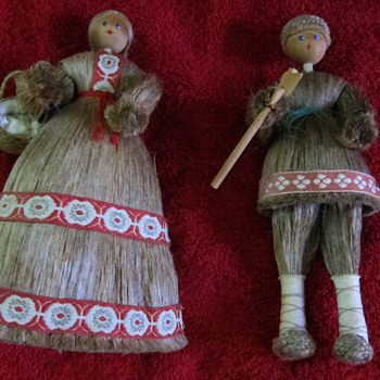 VINTAGE OLD FOLK ART EASTERN EUROPEAN DOLLS - HORSE HAIR, WOOD, AND CLOTH - Dolls