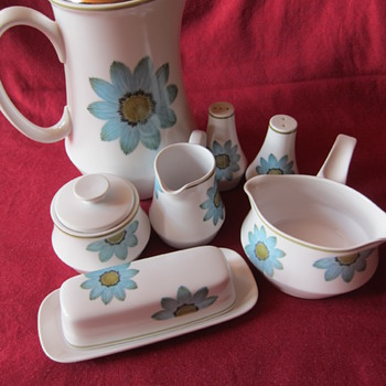 Noritake Up-Sa Daisy - Kitchen