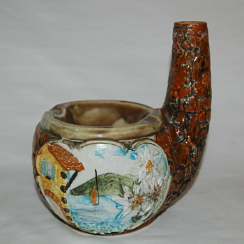 Majolica Ashtray? - Art Pottery