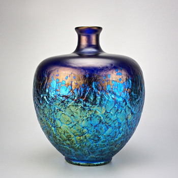 Loetz Phänomen Genre 377 in cobalt blue, Production #7926 circa 1899 - Art Glass