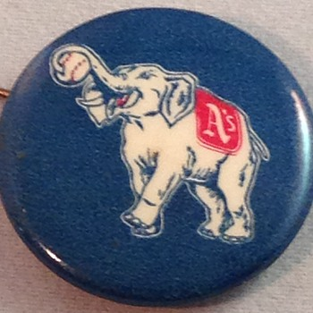 Philadelphia Athletics White Elephant Pin Back Button - Advertising