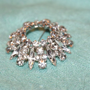 Vintage Sherman Brooch, Circa 1960's - Costume Jewelry